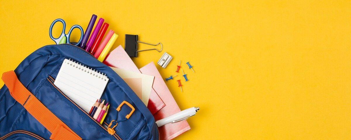 school-supplies-5541099_1280